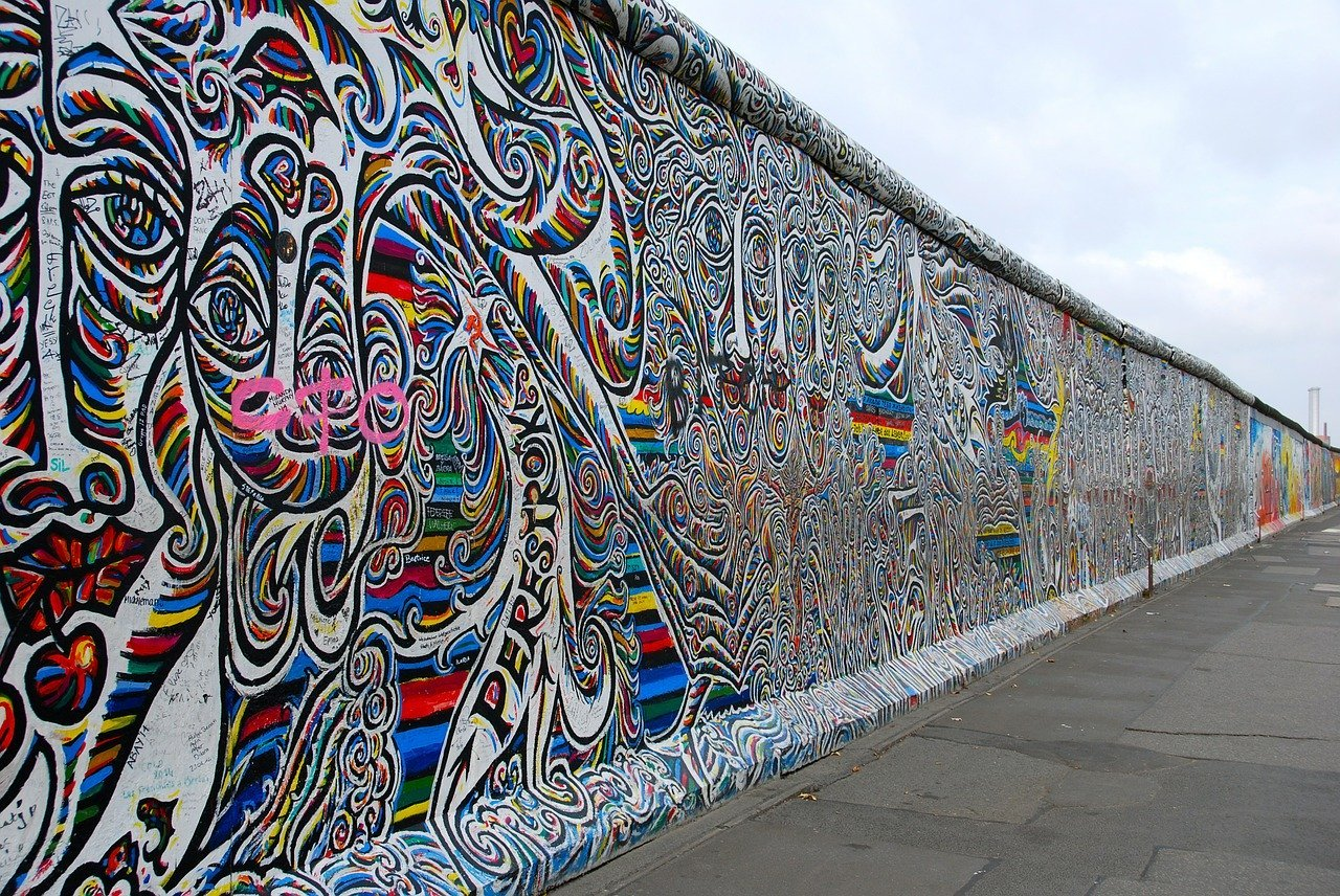 berlin wall, graffiti, painting